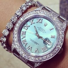♥♥ I wouldn't wear both of these together. It's too much! I'm sure someone will think the Rolex is gaudy, and I don't know that I would buy it. But I can't say I don't like looking at it.