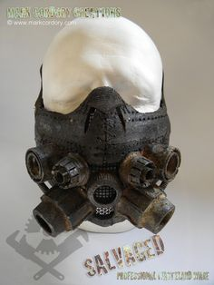 Post Apocalyptic Costume - gas mask. SALVAGED Ware enquiries always welcome @ www.markcordory.com Steampunk Armor, Steampunk Cosplay, Steampunk Diy, Zombie Apocalypse Outfit, Apocalypse Gear, Post Apocalyptic Costume, Apocalyptic Fashion, Mad Max, Larp
