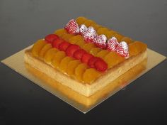 Tarta de naranja y fresa Orange and strawberry cake www.ricapasteleria.com