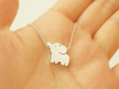 Silver plated Elephant pendant necklace, Elephant necklace, everyday jewelry, animal pendant necklace