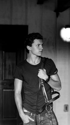 Tom Holland as Xander Siper Man, Tom Holand, Tom Holland Peter Parker, Willa Holland, Tommy Boy, Man Thing Marvel, Men's Toms, Baby Toms, To My Future Husband