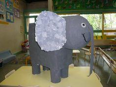 elephant géant thème du Carnaval des animaux de Camille Saint Saens