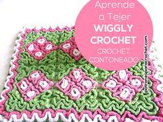 Aprende Crochet Contoneado o Crochet Wiggly / Tutorial y revista para descargar gratis - popurri - Wiggly Crochet Patterns, Crochet Stitches, Crochet Gratis, Knit Crochet, Diy Y Manualidades, Crochet Potholders, Floor Rugs, Doilies, Diy Tutorial