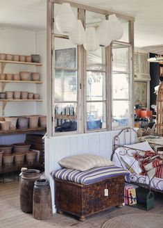 Utflykt, fint o fult & bad på bungenäs (Emmas Vintage) Bookcase, Shelves, Storage, Furniture, Vintage, Home Decor, Friends, Food, Purse Storage