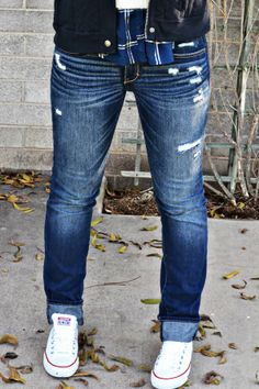 The Perfect Jeans Tomboy Outfits, Cute Outfits, Fashion Outfits, Jeans And Converse, Androgynous Fashion, Perfect Jeans, Cute Fashion, Men's Fashion, Fall Winter Outfits