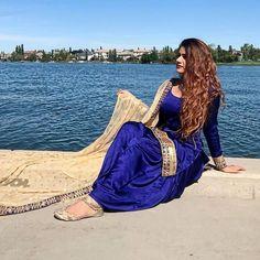Patiala Salwar Suits, Shalwar Kameez, Ladies Suits Indian, Suits For Women, Punjabi Girls, Satin Saree, Girl Hijab, India Beauty, Beauty Women