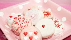 5 Valentine's Day Recipes The Kids Will Love: Chocolate Dipped Oreos