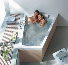 Best 2 Person Bathtub | The Advantages and Disadvantages of Two-Person Bathtubs