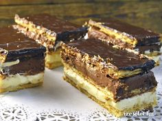 Kétrétegű, narancsos, csokoládés krémes - Receptek | Ízes Élet - Gasztronómia a mindennapokra Mexican Food Recipes, Sweet Recipes, Cookie Recipes, Dessert Recipes, Hungarian Desserts, Hungarian Recipes, Sweet Dough, Torte Cake, Salty Snacks