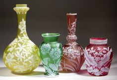 Jeffrey Evans has colorful gathering of glass, fine art in auction Oct. 15. Auction Central News.