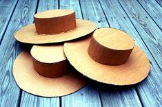 Jak zrobić kapelusz z kartonu i papieru?   Blog Zapakujemy.pl