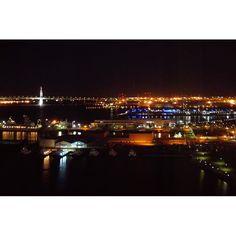 Instagram【_nanpic_】さんの写真をピンしています。 《ミラーレス買ったばかりのときに 撮った夜景🌙✨ 夜景を撮るのが本当にへたくそ(´・_・`) 練習したいな〜。 . . . #lovers_nippon #japan_night_view #night #nightview #night #team_jp_ #jp_gallery #japan_daytime_view #icu_japan #instalike #instapic #followme #love #横浜 #夜景 #ファインダー越しの私の世界 #カメラ好きな人と繋がりたい #写真好きな人と繋がりたい #カメラ好きな人と繋がりたい #ミラーレス #カメラ女子 #東京カメラ部》