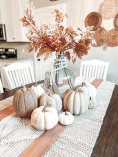 Diy Deco Halloween, Halloween Decorations, Table Decorations, Fall Halloween, Thanksgiving Decorations, Seasonal Decor, Holiday Decor, Thanksgiving Table, Fall Home Decor