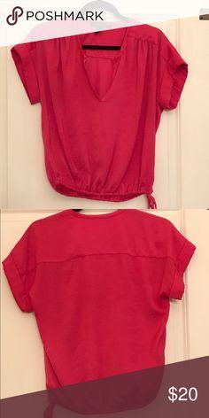 "BCBGMaxazria fuschia top! BCBGMaxazria fuchsia top. Sz XS. Silky polyester top. Relaxed fit. Waist is 30"" and bust is 36"". BCBGMaxAzria Tops Blouses"