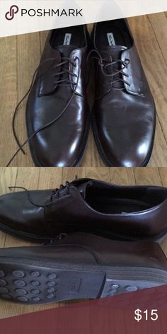 fbeff5a9bd2 Men s casual Never worn dark brown leather upper Thom Mcan Thom McAn Shoes  Flats   Loafers
