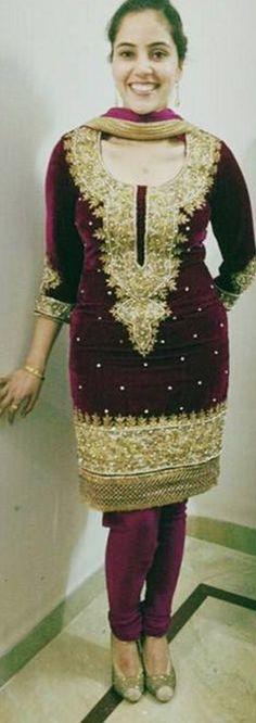Patiala Suit, Salwar Suits, Salwar Kameez, Indian Suits, Punjabi Suits, Asian Fashion, Color Combinations, Velvet, Kurtis
