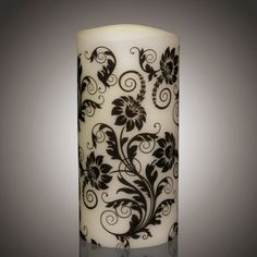 LED Kerze - Neues zeitloses Motiv Timeless Scroll von myei - Alles was mir gefällt (H: 20,3 cm - ø: 10,1 cm).