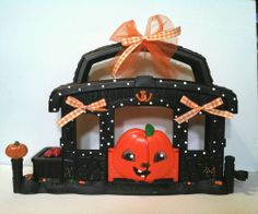 Halloween Pumpkin Stable House * OOAK Hand Painted Custom Littlest Pet Shop