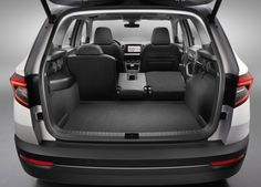 2017 Skoda Karoq luggage compartment: 521 liters when all seats in place, up to 1,810 liters with rear seats removed.