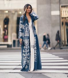 Processed with VSCO with preset Abaya Fashion, Kimono Fashion, Modest Fashion, Boho Fashion, Fashion Dresses, Womens Fashion, Fashion Design, Fashion Trends, Mode Abaya