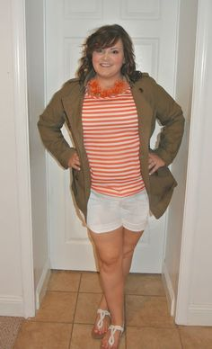 Back to School (College) outfit of the day blog post. A Must See Outfit! Great Blog for fashion inspiration! Casual, Work, and Night outfits! Check it out!