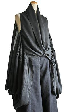 シルク加工のデザインドレープ羽織  JGN-007-01