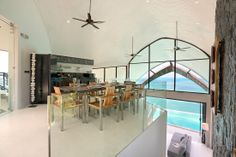 The Moon Shadow Villa in Thailand : a peaceful retreat - to discover : www.themilliardaire.co