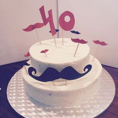 Moustache - Carrot Cake with Cream Cheese