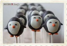 :O :O :O  Penguin cake pops! This almost makes me want to throw a penguin themed party when I finish my card deck....