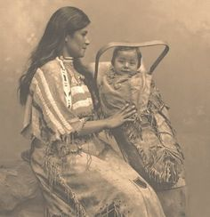 Ojibwe mother and child