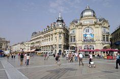 J'ai passé les 20 premières années de ma vie à Montpellier, à côtoyer ciel bleu, mer et montagne.