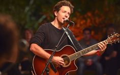 Exclusive: Jason Mraz Performs 'Quiet' From His Upcoming Album, YES!