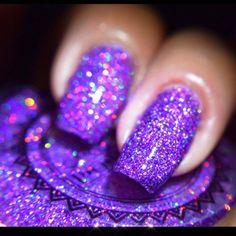 Purple Glitter Nails, Purple Acrylic Nails, Purple Nail Art, Purple Nail Designs, Sparkle Nails, Nail Art Designs, Glitter Bomb, Black And Purple Nails, Purple Manicure