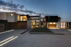 House Boz by Nico van der Meulen Architects | courtesy of Nico van der Meulen Architects