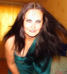 Hello all ! Am 42 de ani si sunt divortata. Imi caut sufletul pereche. Dreadlocks, Hair Styles, Beauty, Hair Plait Styles, Hair Makeup, Hairdos, Haircut Styles, Dreads, Hair Cuts