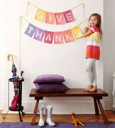 "Darling ""give thanks"" banner for Thanksgiving celebrations! #ParentsCrafts"