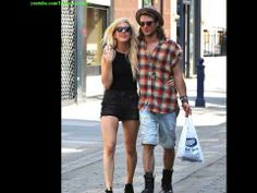 Ellie Goulding And Dougie Poynter Head Out For A Romantic Walk