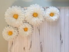Giant paper flower daisy backdrop for rustic wedding decor, baby showers and photo backdrops Daisy Decorations, Daisy Centerpieces, Wedding Decorations, Housewarming Decorations, Giant Paper Flowers, Large Flowers, Potted Flowers, Photo Booth Backdrop, Photo Backdrops