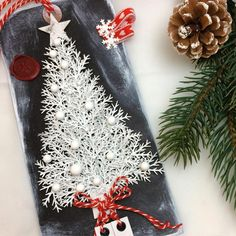 Hvit variant av juletretag #madebyme #hjemmelaget #handmade #juleforberedelser #juletag