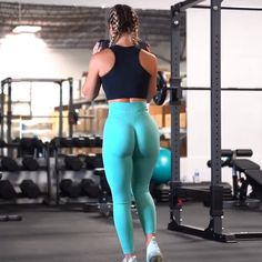 workout routine glutes 1 Dumbbell squats 2 Hip thrusts 3 Curtsy lunge each leg 4 Sumo Deadlifts _________________________________ At Home Workouts For Women, Curtsy Lunge, 20 Minute Workout, Family Fitness, Butt Workout, Hip Thrust Workout, No Equipment Workout, Workout Videos, Fit Women