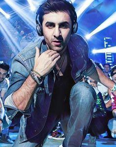Ranbir Kapoor Deepika Padukone, Shraddha Kapoor, Priyanka Chopra, Bollywood Posters, Bollywood Actors, Bollywood Celebrities, Baby Shark Music, Jonathan Scott, Sushant Singh