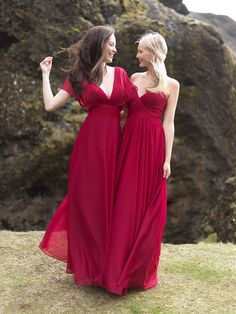Allure Bridals Bridesmaid have us seeing red. These bridesmaids are looking glamorous with a whisper of asymmetry, this strapless chiffon gown features a ruched sweetheart bodice. #bridesmaids #redbridesmaids #wcallurebirdals