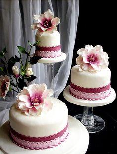 *handmade sugar flowers... amazing!