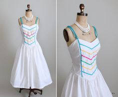 Vintage Sundress : 70s 80s Full Skirt Sundress. $30.00, via Etsy.