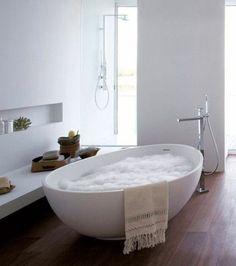 Marvelous Farmhouse Master Bathroom Decor Ideas and Remodel Bad Inspiration, Bathroom Inspiration, Modern Bathroom, Master Bathroom, Interior Architecture, Interior Design, Large Baths, New Homes, House Design