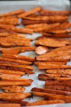 Frites de patates douces au four   Cuisine en scène - CotéMaison.fr