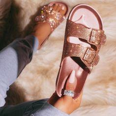 Women's Shoes, Wedge Shoes, Me Too Shoes, Strappy Shoes, Shoes Style, Sandals Outfit, Cute Sandals, Bow Sandals, Pretty Shoes