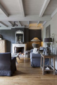 Skipperwood Home Win Award & Grey & Grays for Your Home - Beautiful Interiors & Accessories Living Room Wood Floor, Living Room Grey, Home And Living, Style At Home, Living Room Inspiration, Interior Inspiration, Interior Exterior, Interior Design, Rustic Interiors