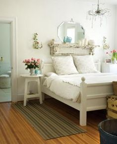 Guest bedroom idea.  From the home of Jacqueline Burch - Wilmington, NC.