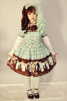 Sweet Lolita two toned hair